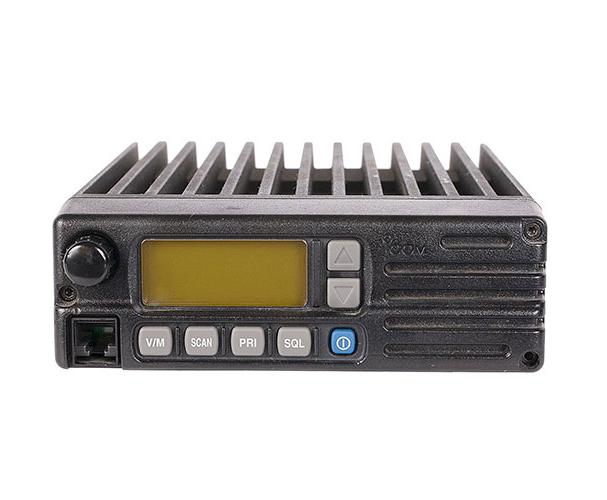 IC – A110 VHF Móvil Aéreo Radiotransmisor ICOM